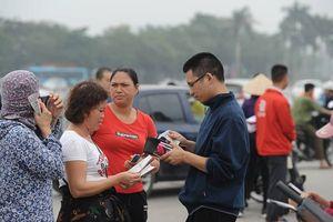 Phe vé hét giá 'cắt cổ', sẵn sàng mua hết vé trận Việt Nam -Malaysia để đầu cơ