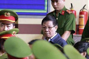 Công bố cáo trạng truy tố ông Phan Văn Vĩnh: 'Ông trùm' đánh bạc khai biếu hàng chục tỷ đồng