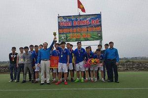 Bế mạc giải bóng đá nam công nhân viên chức lao động các khu công nghiệp tỉnh Bắc Giang