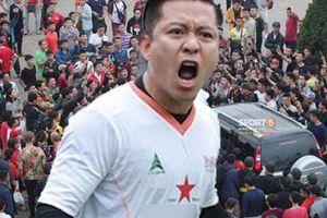Sốt vé AFF Cup: Tuấn Hưng chia sẻ gây bão, triệu fan tranh cãi nảy lửa