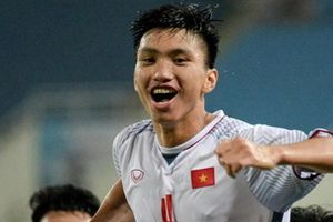 Đoàn Văn Hậu nói gì trong lần đầu đấu Malaysia tại AFF Cup?