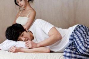 Nâng cấp 'cậu nhỏ' để đáp ứng nhu cầu tình dục cao của vợ, quý ông gặp họa