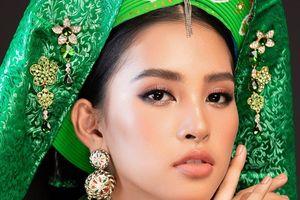 Hoa hậu Tiểu Vy 'lên đồng' tại Miss World 2018