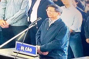 Ông Nguyễn Thanh Hóa trả lời câu hỏi của hội đồng xét xử
