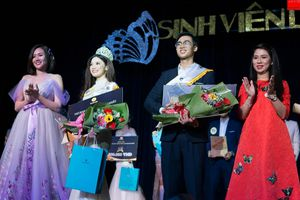 Võ Trương Diễm Thúy trở thành hoa khôi cuộc thi 'Nét đẹp sinh viên Luật'