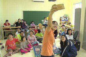 Sáng kiến 'Tri thức trẻ vì giáo dục': Giúp trẻ bị down học đọc