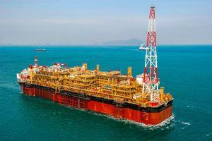 Total tổ chức lễ first oil mỏ dầu khổng lồ ngoài khơi Angola