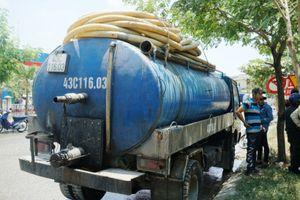 Đà Nẵng xử phạt doanh nghiệp và cá nhân đổ nhớt thải xuống cống