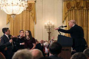 Hãng tin CNN kiện Nhà Trắng vì 'cấm cửa' phóng viên?