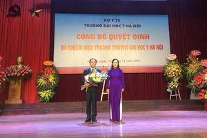 GS.TS.BS Tạ Thành Văn trở thành tân Hiệu trưởng Trường ĐH Y Hà Nội