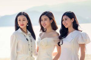 Hoa hậu Đỗ Mỹ Linh đọ sắc với Người đẹp truyền thông Ngọc Linh, ca sĩ Maya trên bãi biển