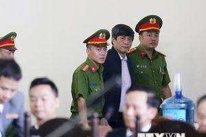 Hình ảnh các bị cáo trong phiên xét xử sơ thẩm vụ án đánh bạc nghìn tỷ