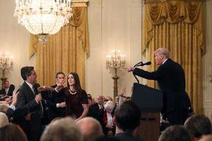 Rộ tin CNN kiện Nhà Trắng vì 'cấm cửa' phóng viên