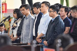 12/11: Tòa xét xử vụ án Phan Văn Vĩnh và đồng phạm về tôi đánh bạc trên mạng internet