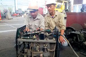 Những sáng kiến làm lợi tiền tỷ của kĩ sư điện tàu thủy