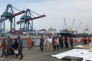Indonesia ngừng tìm kiếm các nạn nhân trong vụ máy bay rơi