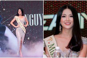 Miss Earth Phương Khánh tỏa sáng rực rỡ giữa dàn chân dài siêu mẫu