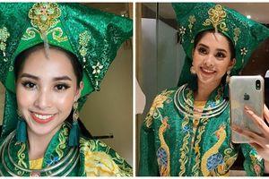 Miss World 2018 - Tiểu Vy gây sốc khi giới thiệu trang phục dân tộc có cảm hứng từ việc 'Hầu đồng'