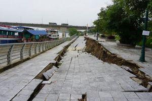 Thanh Hóa: Kè đê hữu sông Mã sạt lở nghiêm trọng
