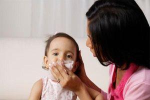 Mùa lạnh, đề phòng bệnh cúm cho trẻ em