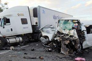 Giải pháp nào hạn chế xe khách liên tiếp gây tai nạn nghiêm trọng?