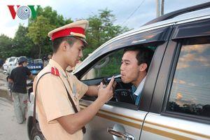 Có nên tịch thu phương tiện của lái xe say xỉn?