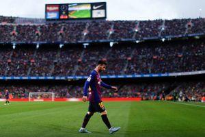 Messi 'lạc lối' ở Nou Camp trong ngày Barca thất bại trước Betis