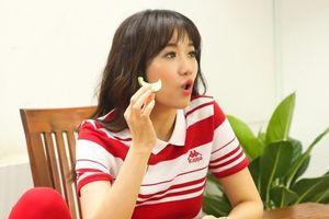 Fan ngạc nhiên với loạt hình ảnh xấu tính, khó ưa của Hari Won