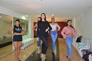 'Gian nan' tìm đường vào lò luyện hoa hậu hoàn vũ ở Venezuela