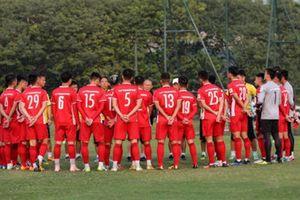 Tuyển Việt Nam đấu Malaysia: Chờ thầy Hàn sửa hàng công