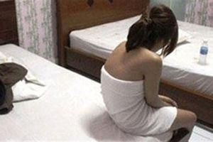 Vào khách sạn 'yêu' ngủ quên, thanh niên bị trộm sạch