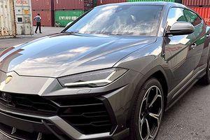 Cận cảnh SUV Lamborghini mạnh nhất thế giới tại VN