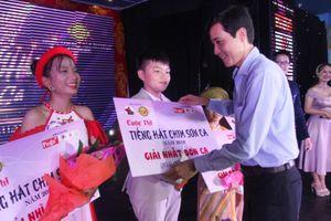 Anh Phương, Nhật Quang đoạt giải nhất 'Tiếng hát chim sơn ca' Huế