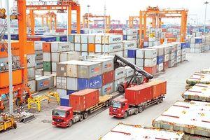 Kim ngạch xuất khẩu hàng hóa vượt mốc 200 tỷ USD
