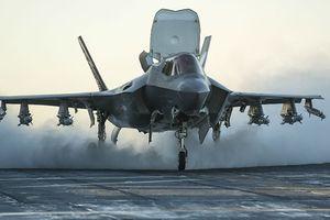 Mỹ đưa chiến đấu cơ vô đối với Nhật Bản