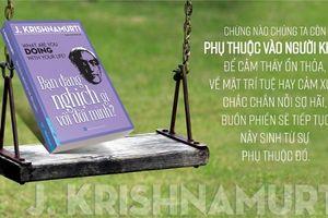 Triết lý cuộc đời trong cuốn sách: Bạn đang nghịch gì với đời mình?