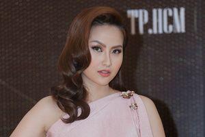 Khánh Ngân: 'Tôi đã định lấy lại vương miện từ anh lễ tân trao cho Hoa hậu Hoàn cầu 2018'