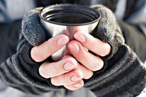 Cách ăn uống trị chứng tay chân lạnh cóng vào mùa đông