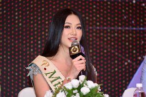 Chuyện thật như đùa - Hoa hậu trái đất Phương Khánh: 'Tôi không được mang vương miện về nước' vì nó rất đắt