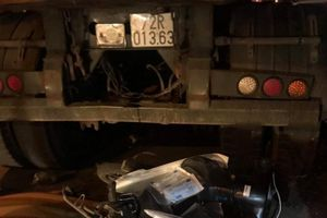 Xe máy húc đuôi xe ben, nam thanh niên tử vong trên QL51