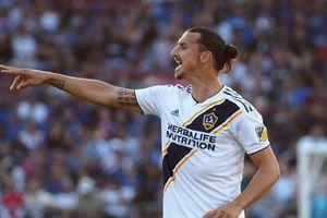 Bàn thắng đẹp nhất MLS thuộc về Ibrahimovic