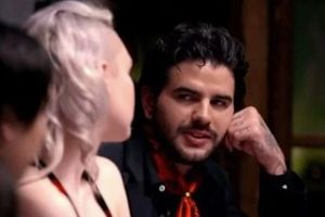 Cặp đôi gây sốc khi chia tay trên show truyền hình vì chú rể tương lai bị lộ tẩy bí mật