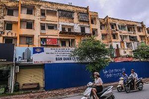 Chuẩn bị cưỡng chế hộ dân cuối cùng tại dự án cải tạo chung cư cũ 93 Láng Hạ