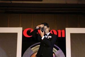 Canon trình diễn dòng máy ảnh EOS R tại Hà Nội