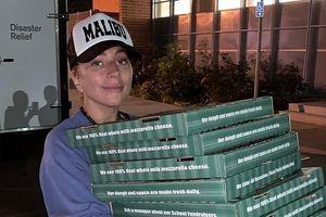 Lady Gaga tiếp tế lương thực cho người dân trong vụ hỏa hoạn ở Mỹ