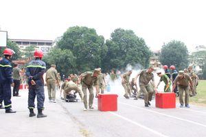 Nâng cao nghiệp vụ chữa cháy cho lực lượng dân quân