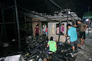 Bé gái tử vong trong ngôi nhà nghi ngút khói