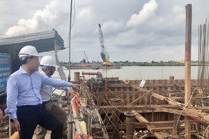 Bảo đảm tiến độ thi công cầu Thịnh Long