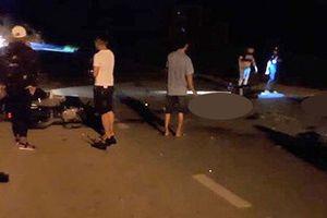 Hai xe máy tông nhau trong đêm, 3 thanh niên tử vong