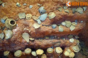 Cận cảnh kho báu trong khu mộ cổ lớn bậc nhất Tây Nguyên